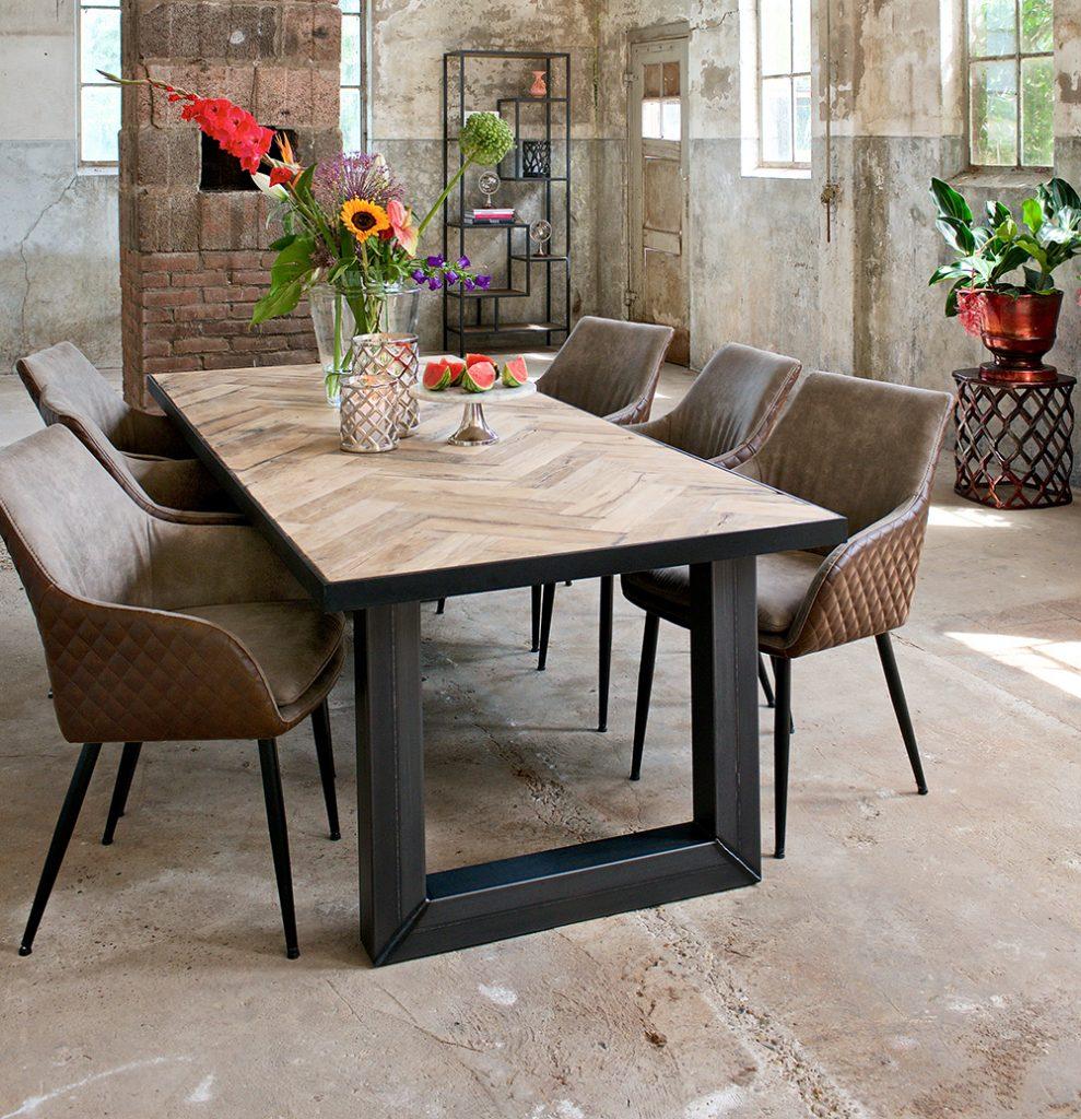 Decor & Design München Tische