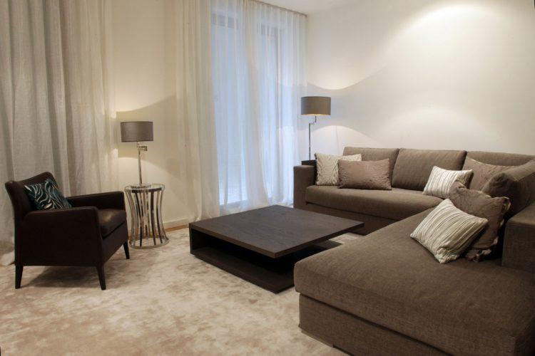 Wohnzimmer-mit-Viskoseteppich